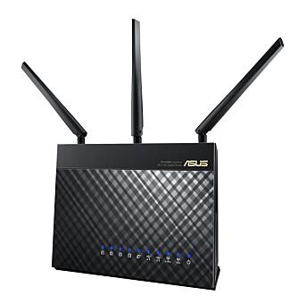 ASUS RT-AC68U var første ruter i AC1900-klassen, noe som betyr datarate på 1300 Mbps på 5 GHz-båndet og 600 Mbps på 2,4 GH-båndet.