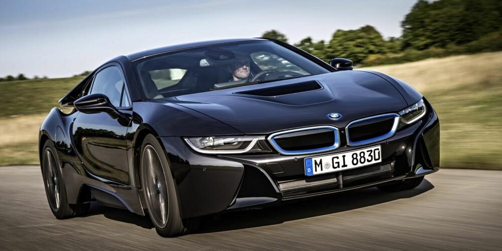 NESTE ÅR: BMW i8 kommer til Norge neste år. Prisen på bilen i Norge er ikke klar, men den er priset til rundt en million i Tyskland FOTO: Uwe Fischer