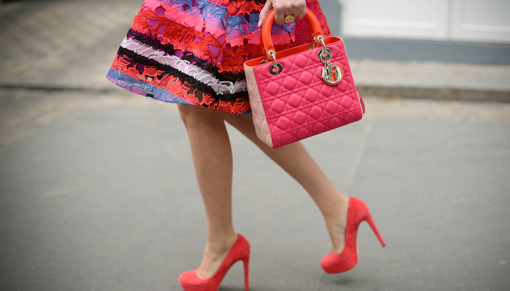 KAST DEG I DET: Høye hæler er superfeminint, og det skinner lett igjennom om du ikke føler deg vel når du går med dem. Slipp deg løs og finn din indre diva!