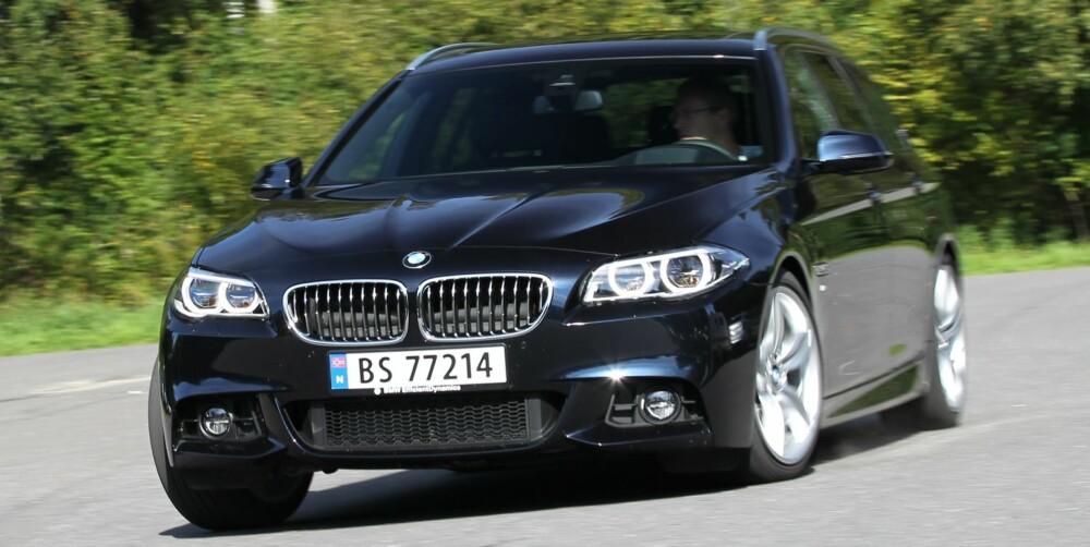 RULLER MER: BMW 5-serie har allerede i dag en rullemodus, men til forskjell fra det nye systemet slås motoren ikke av. I stedet går den på tomgang når bilen ruller med drivverket frakoblet. FOTO: Petter Handeland