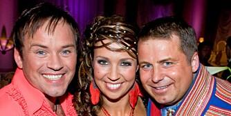 """SAMESTØTTE: Mikkel Gaup (t.v.) røk ut av """"Skal vi danse"""" fredag kveld, og fikk trøst av kameraten Mikkel Isak Eira og dansepartner Therese Cleve."""