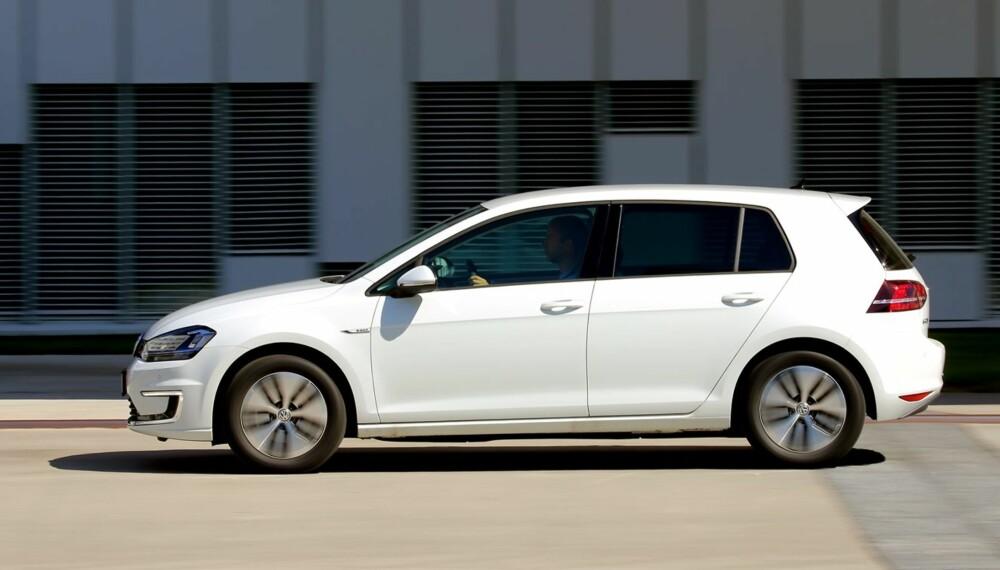 ATTRAKTIV: Volkswagen Golf har vært Norges mest solgte bilmodell fra 2008 og fram til i dag. Hittil i år har nesten 70 prosent valgt den elektriske versjonen, e-Golf.