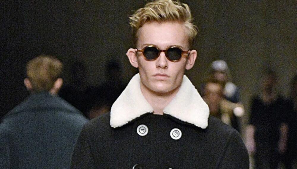 DOBBELTSPENT: Dobbeltspente jakker går igjen denne sesongen, både på frakker, blazere og dressjakker.