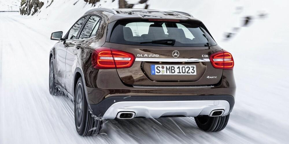 KOMPAKT-SUV: Mercedes GLA har en bakkeklaring på 13,5 centimeter. FOTO: Daimler AG