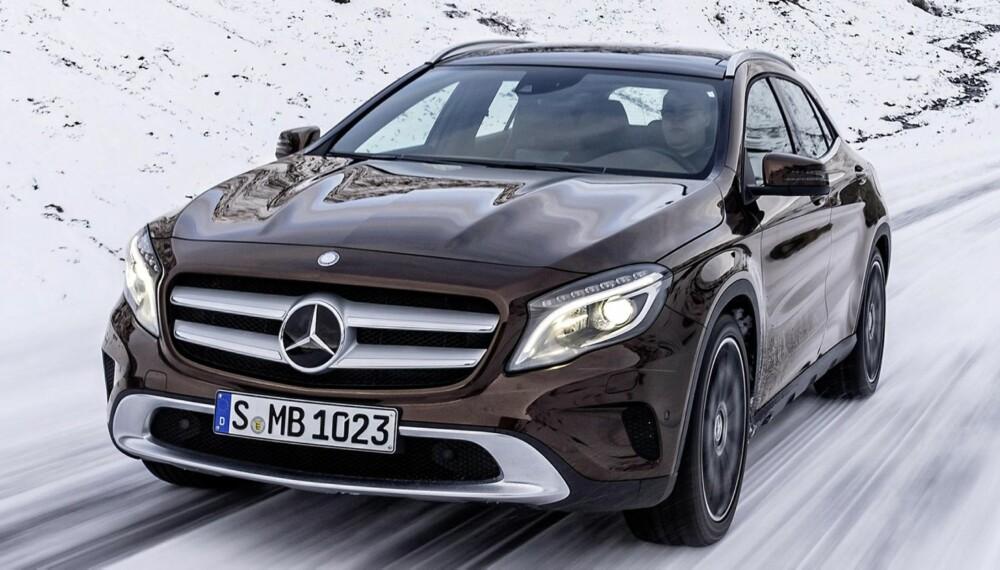 SALGET STARTET: Prisene på Mercedes GLA starter på 375 000 kroner. FOTO: Daimler AG