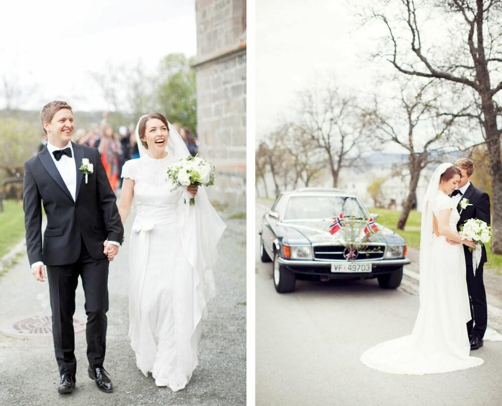NYGIFT: Lykkelig gift brudepar utenfor Melhus kirke. Brudeparet foran veteranbilen som ble brukt som bryllupsbil.