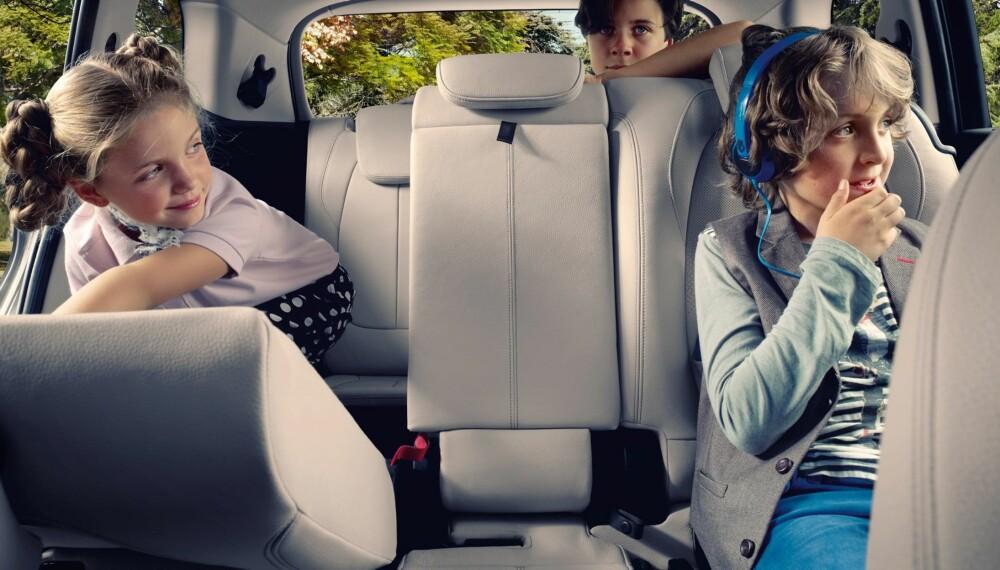 BARNEVENNLIG: BMW er kjent som et statusmerke som lager sportslige biler. Med BMW 2-serie Gran Tourer er det derimot barnevennlighet det satses på, med tre seterader, sju sitteplasser og ekstra interiørfleksibilitet. FOTO: BMW