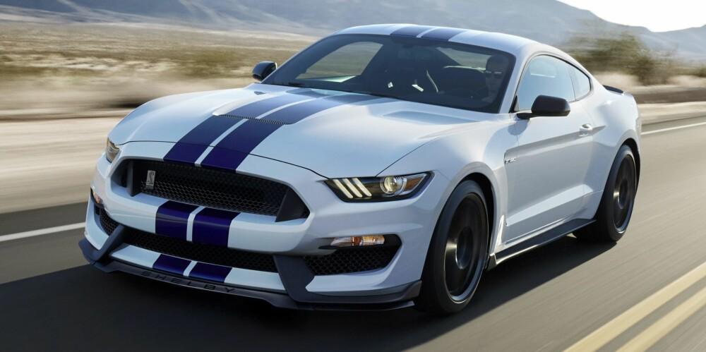 TRADISJON: Selvpustende V8 og masse lyd. Shelby-utgavene av Mustang blir ekte amerikanske muskelbiler.