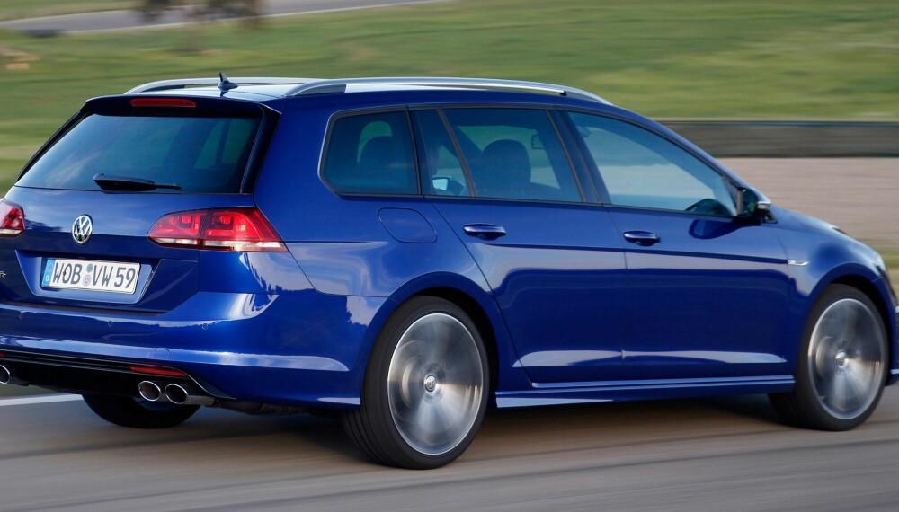 GOLF R: Denne varianten av Golf tilfredsstiller både farts- og fornuftskriterier. FOTO: VW