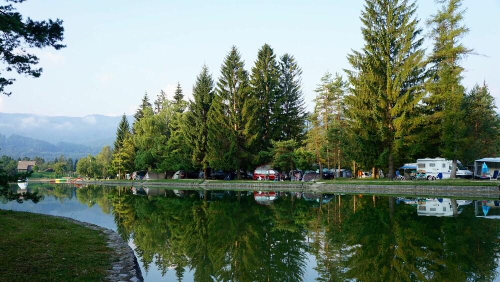 CAMPING VED ELV: Sobec camping i Slovenia ligger flott til ved elven Sava, og kan absolutt anbefales.