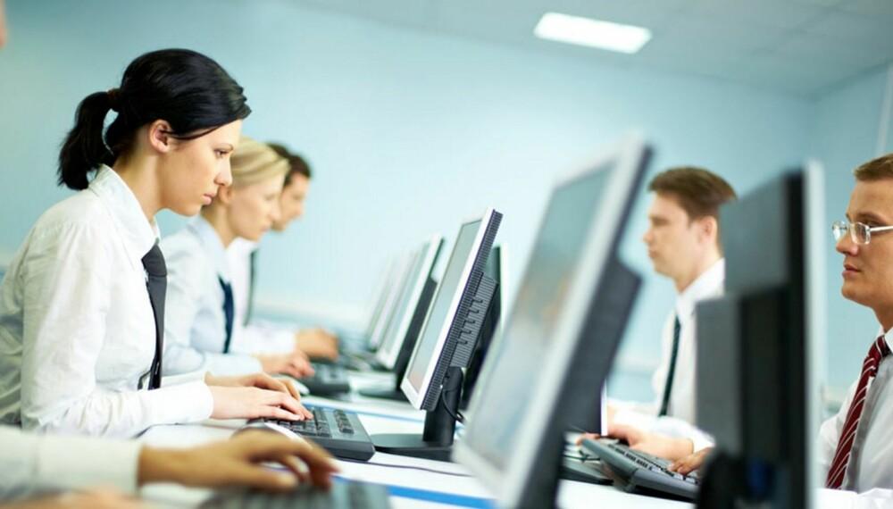 FREMTIDSRETTEDE YRKER: - Det er stor etterspørsel etter kvinner i teknologiske konsulentroller. I disse stillingene har man høy grunnlønn i tillegg til meget gode bonus ordninger, sier Veronica Yri ved Karrierehuset.