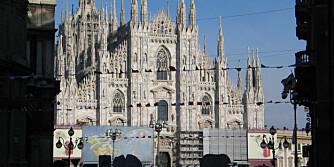 IL DUOMO: Den enorme katedralen er faktisk den tredje største kirken i verden.