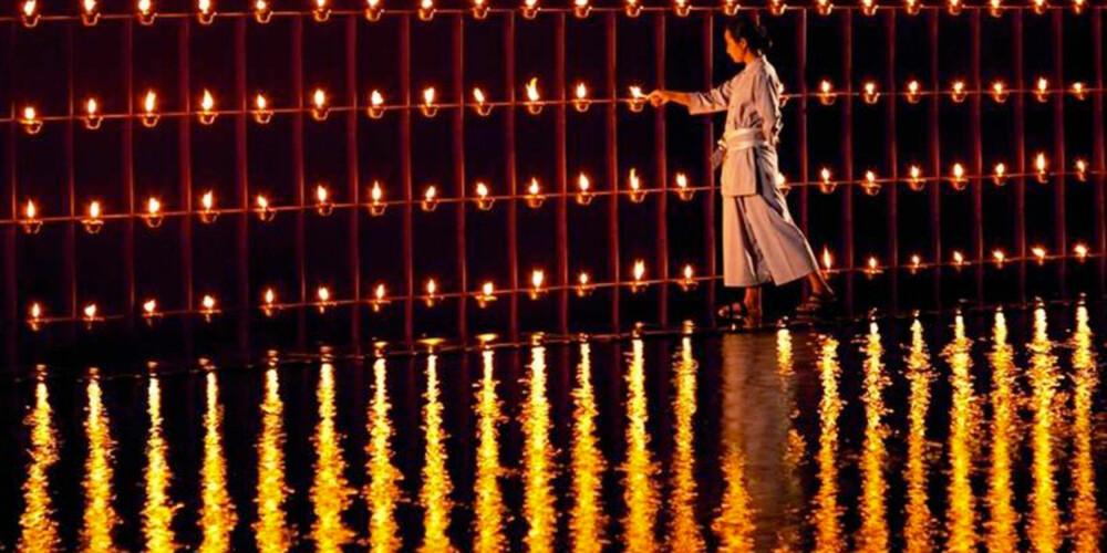 LEVENDE LYS: Lobbyen på  Phulay Bay i Krabi er opplyst av tusenvis av tente lys.