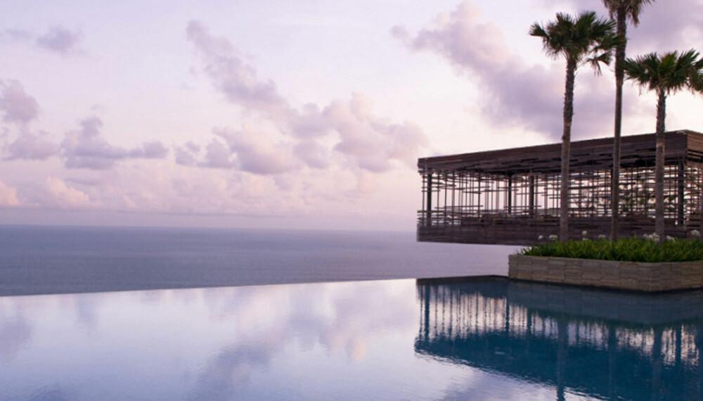 """UNIKE HOTELLER: Det finnes noen hoteller man ikke glemmer så lett. Som Alila Villas Uluwatu på Bali - et av verdens """"grønneste"""" hoteller."""