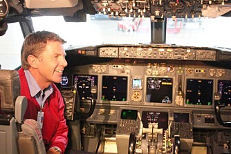 ERFAREN PILOT: Knut Ytreland har flere års erfaring i luften.