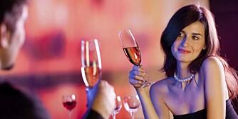 Spørsmål å stille på første date småprat
