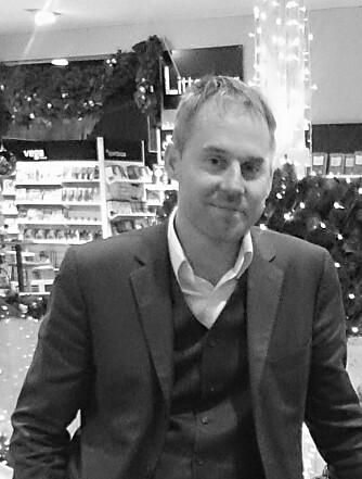 BOKHANDLEREN: Christian Skrede er sjef på Eldorado bokhandel i Oslo. FOTO: Privat.