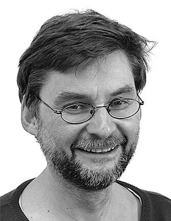 FORSKER PÅ ANSIKTSSYMMETRI: Per Olav Folgerø, førsteamanuensis ved Institutt for lingvistiske, litterære og estetiske studier ved Universitetet i Bergen.