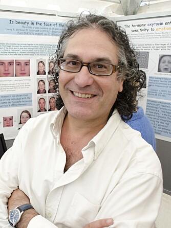 BARNEASSOSIASJON?: - Kanskje bredere ansiktsform ligner mer på et barneansikt enn såkalt smalere ansiktsform og at man derfor assosierer smalere ansiktsform for mer intelligent, reflekterer Bruno Laeng, professor ved Psykologisk Institutt ved Universitetet i Oslo.