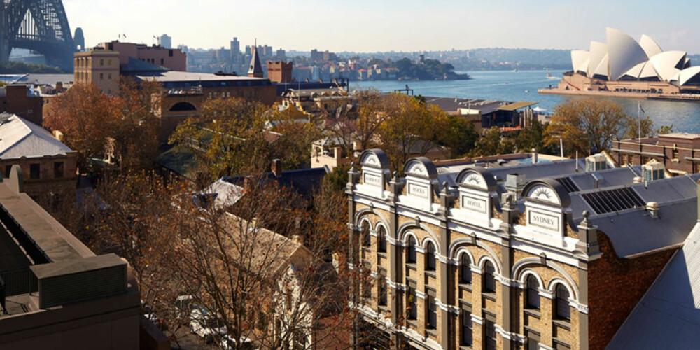 HISTORISK: Området The Rocks er den eldste delen av Sydney, og hjem til mange gamle og hyggelige puber, museer og utstillinger.