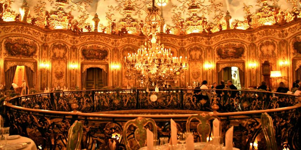 SPIS GODT: På Café Pushkin kan du spise kaviar 24-timer i døgnet.