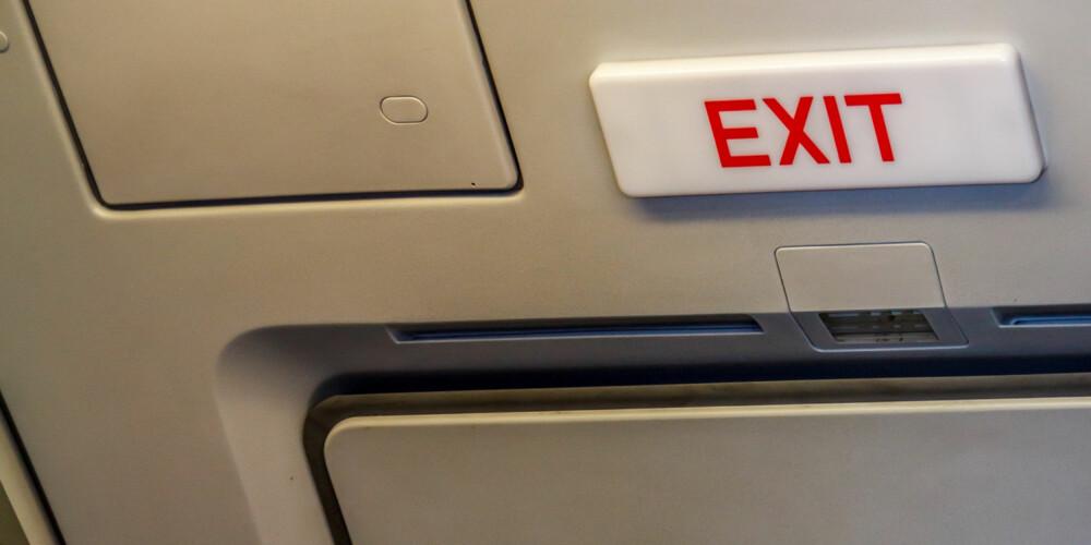 NØDUTGANG: På lengre reiser bør lange personer enten velge nødutgang-sete, mener reiseekspert Helge Baardseth. ILLUSTRASJONSFOTO: Colourbox