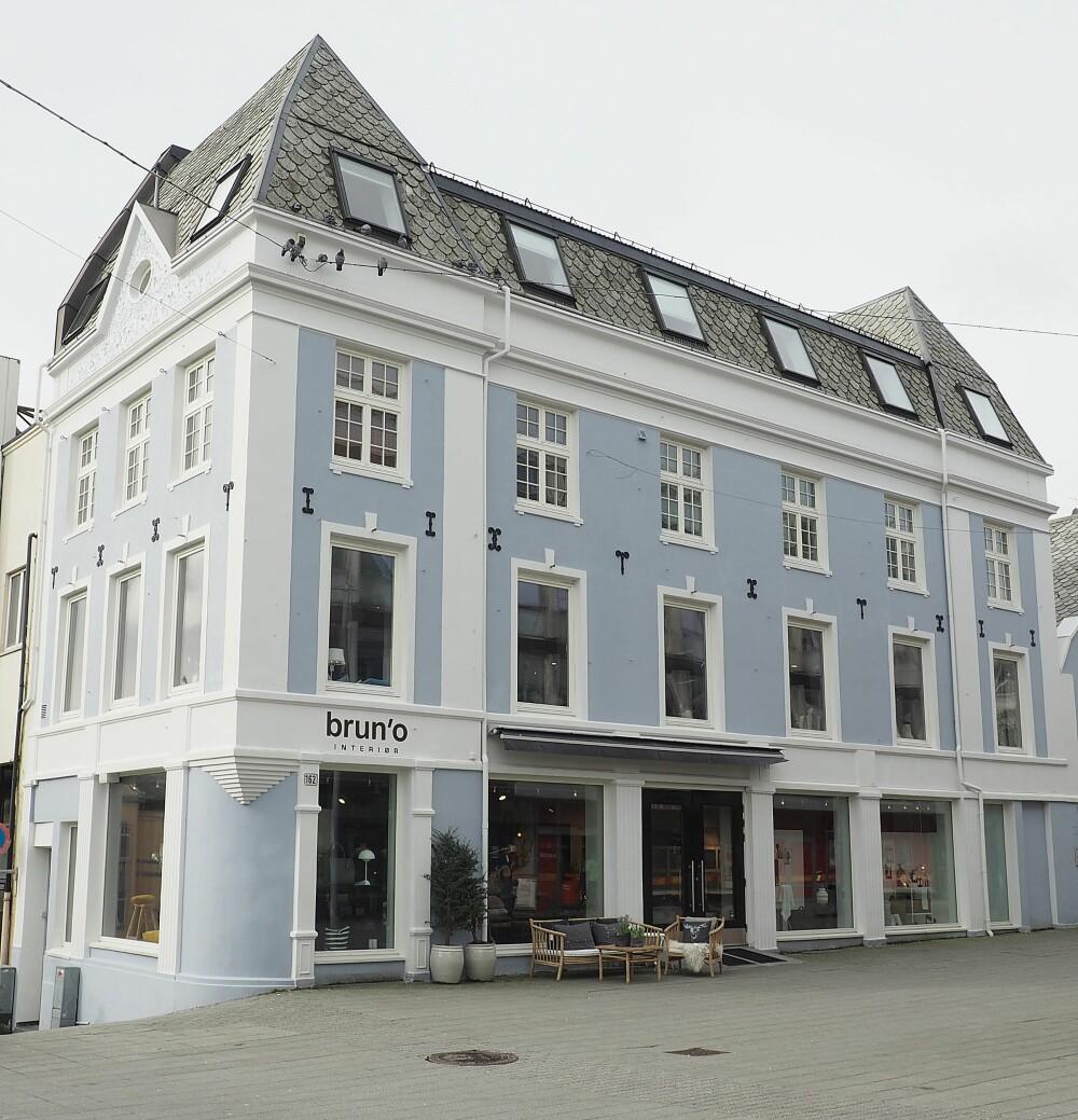HAUGESUND: I dette lekre bygget midt i sentrum finner du Brun'o Interiør.
