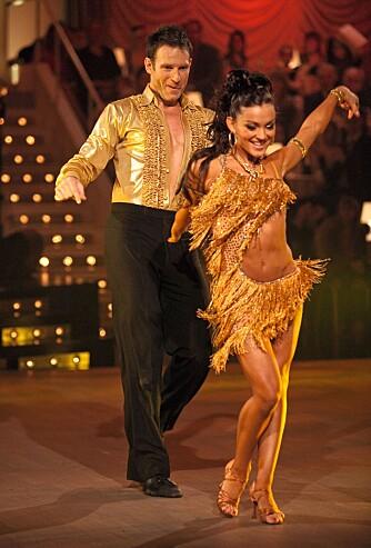 DANSE-VINNER: I 2009 vant Elena «Skal vi danse» med tidligere TV 2-programleder Carsten Skjelbreid.