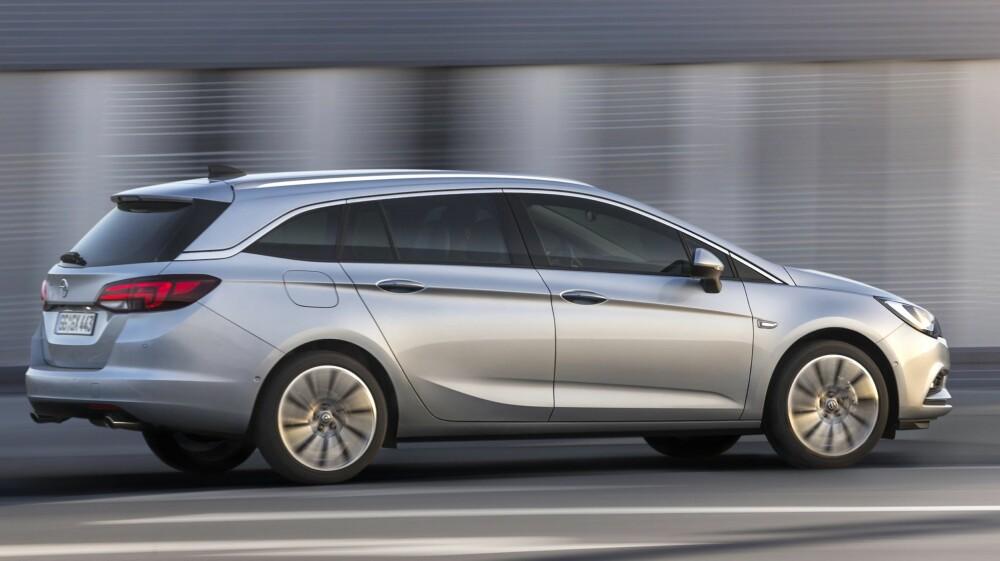 VIKTIG MODELL: Opel har ikke gjort det veldig godt i Norge de siste årene, men med en moderne kompaktbil på plass ser fremtiden lysere ut for tyskerne. Foto: Opel