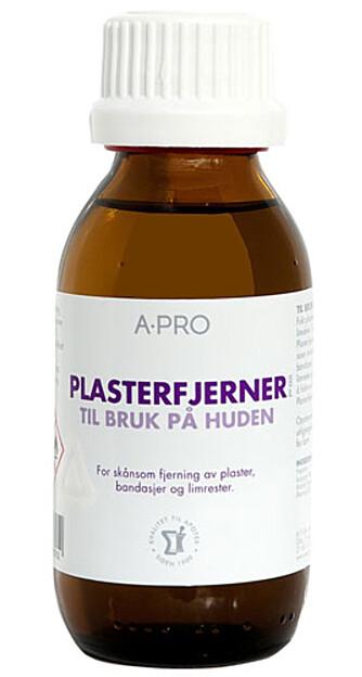FJERNER SMUSS: Plasterfjerner kan brukes til så mangt, for eksempel til rengjøring av sneakers! Fåes kjøpt på apotek.