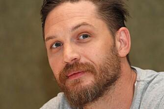 SKJEGGLENGDE: Hvor langt skjegg kler du? Skuespiller Tom Hardy ser ut til å kle sin lengde svært godt!