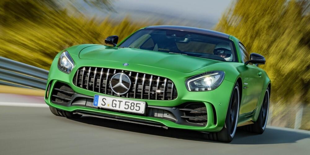 HELT RÅ: Mer kraft, heftigere ytelser og enda kvassere kjøreegenskaper. HIls på nye AMG-GT R, det råeste fra Mercedes hittil.