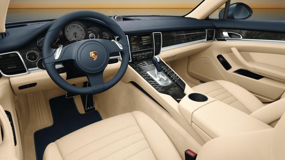 PANAMERA: Ny versjon på de to øverste bildene, gammel nederst. FOTO: Porsche