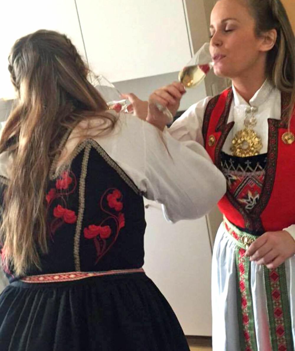 HÅRFRISYRE: - Mye hår kan ta for mye fokus. Sett heller opp håret, gjerne i en fin flette. Bunadsølv- og klemmer til håret har også kommet de siste året, er rådet fra Hege-Therese Nilsen, faglig ansvarlig for Husfliden Bergen.