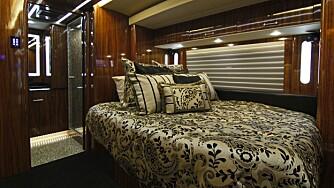 GOD NATT: Soverommet kan minne om de man finner i yachters luksussuiter.