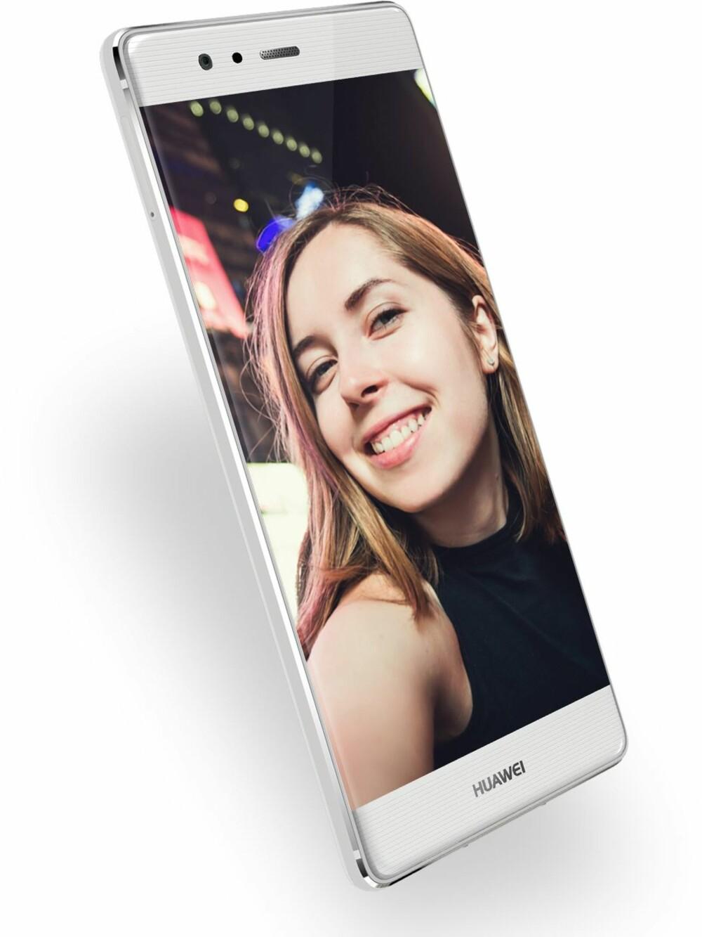 PEN: Huawei har lykkes i å lage en pen mobil. Baksiden er helt flat og mobilen har ikke noe kamera eller andre ting som stikker ut.