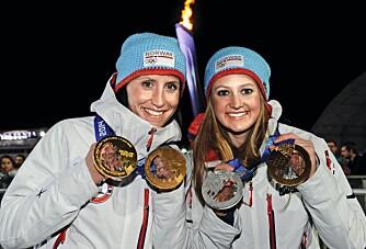 OL-SUKSESS: Ingvild tok gull og sølv på de to sprintdistansene under OL i Sotsji. Her med Marit Bjørgen, som tok tre gull til sammen.