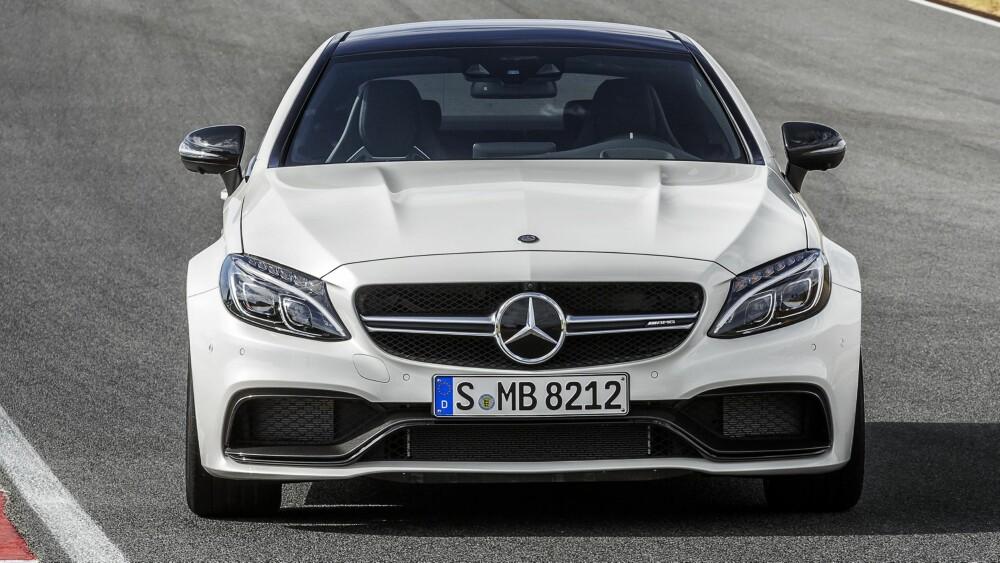 AMG: Svarte karbondetaljer signaliserer AMG. FOTO: Daimler AG