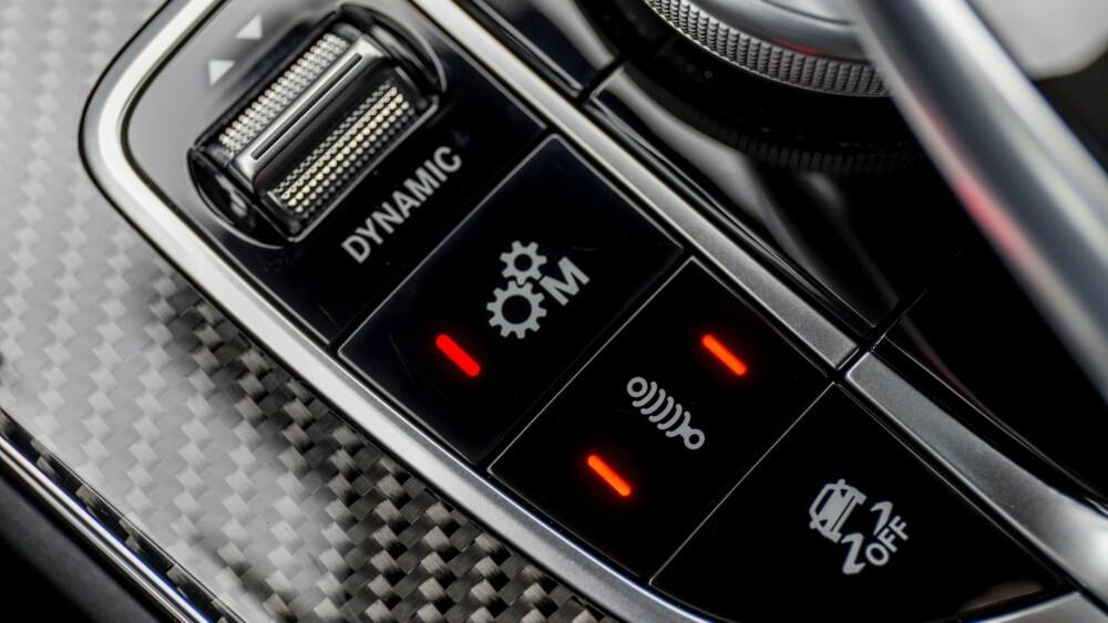 INNSTILT Du kan sette opp  bilen etter alle kunstens regler med knappetrykk. FOTO: Daimler AG