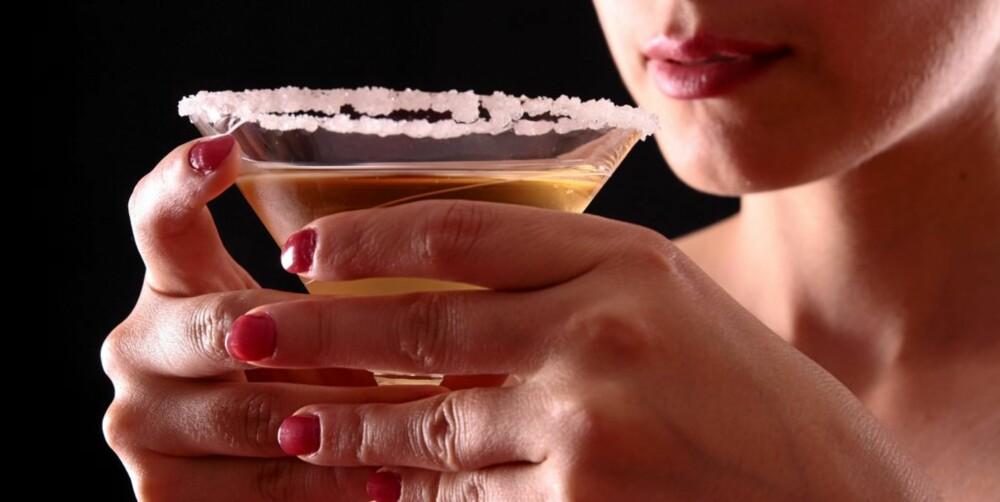 TIPS: Drikk gjerne annethvert glass med vann, da får du en jevnere formstigning.
