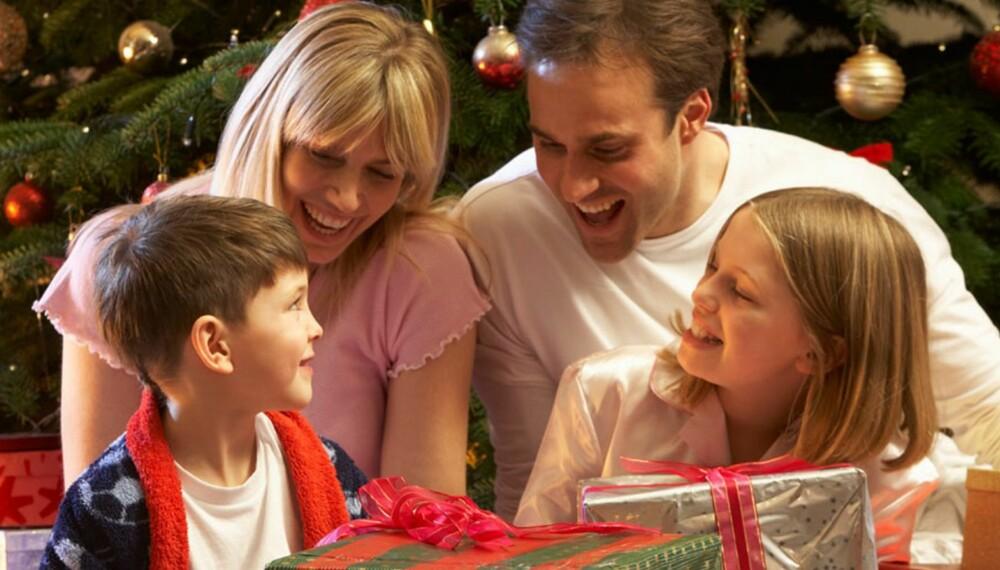 JULEHYGGE: Julefeiring er ikke billig, men er du flink til å planlegge kan du spare mye uten å la det gå ut over kosen.