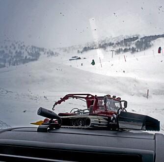 MASKOT: Den lille preppemaskinen er fast dashbord-pynt om vinteren. FOTO: Geir Svardal