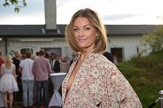GJENBRUKSDRONNING: Programleder, skuespiller og designer Jenny Skavlan (28). Her på Elles årlige sommerfest.