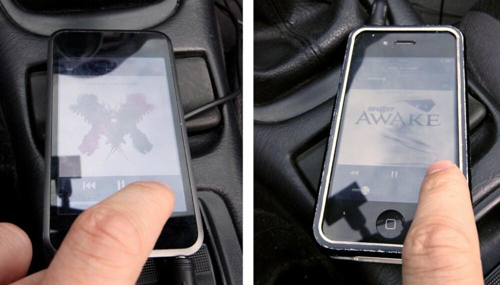 LOVLIG OG ULOVLIG: Å bruke telefonen til høyre på denne måten er ulovlig. Har avspilleren ikke ringemuligheter, kan det derimot være lov å bruke den i bilen.