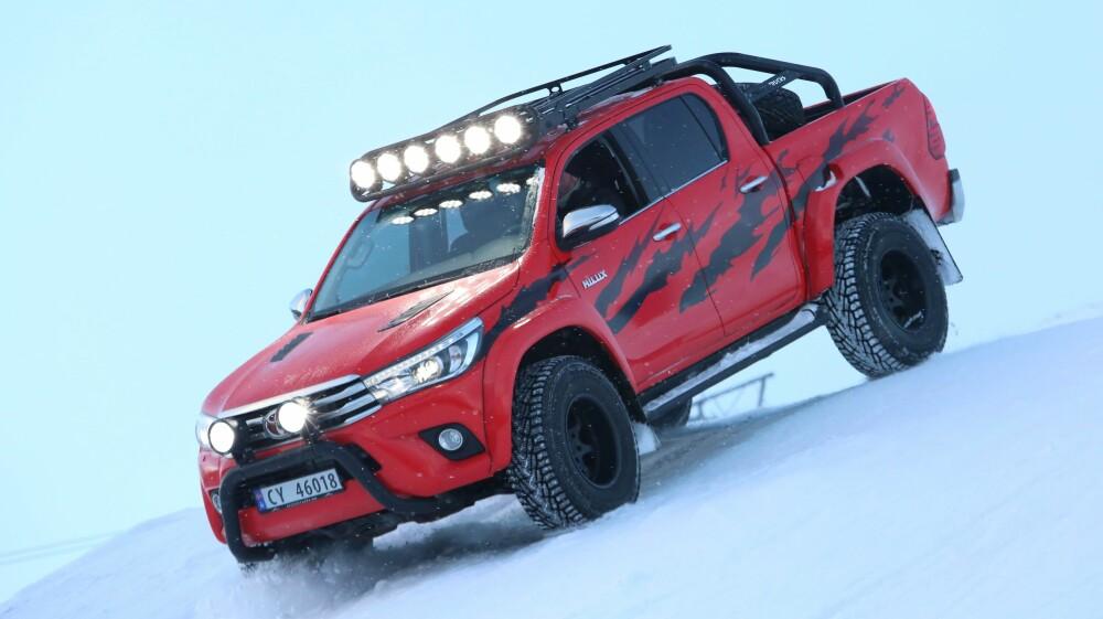 """HILUX: From Russia with love. Med god hjelp av Arctic Trucks og filmen """"Børning 2"""", har nye Hilux fått snikpremiere i Norge. FOTO: Arctic Trucks"""