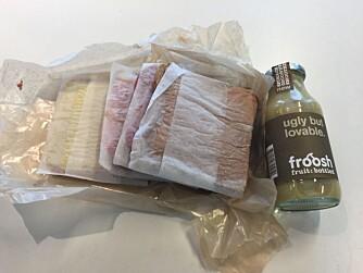 """SOLID: Matpakken """"Frøya"""" bestod av fire solide skiver med fruktsmoothie som drikke."""
