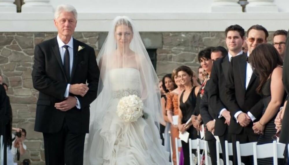 PRINSESSEKJOLE: Chelsea Clinton, datter av Bill og Hillary Clinton, giftet seg i 2010 i Vera Wang.