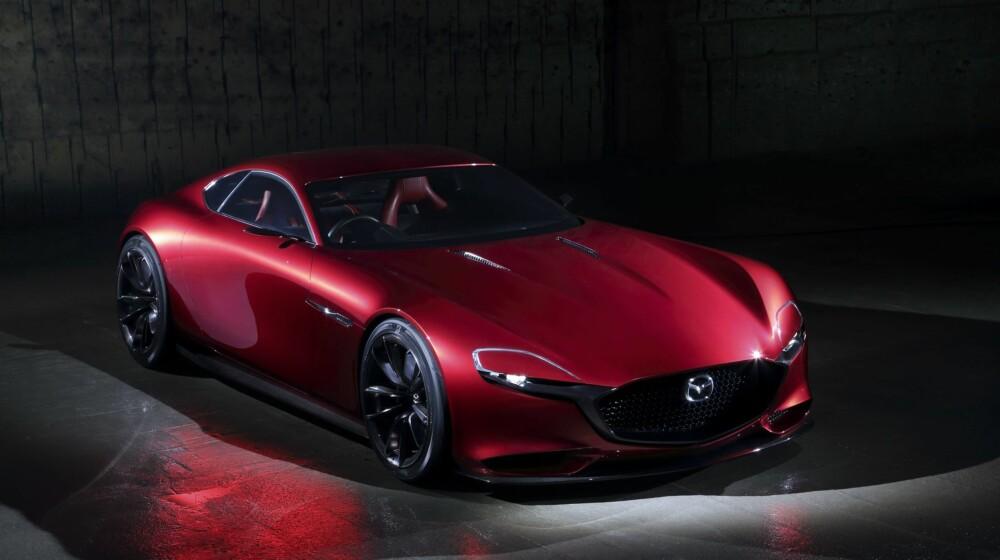 LINJELEKKER: RX-Vision-konseptet henter inspirasjon fra RX-7, men er likevel moderne. Den følger Mazdas designspråk som kalles Kodo.
