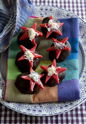 KONFEKT: Med marsipan på konfekten blir det fort mye jul i hver bit.