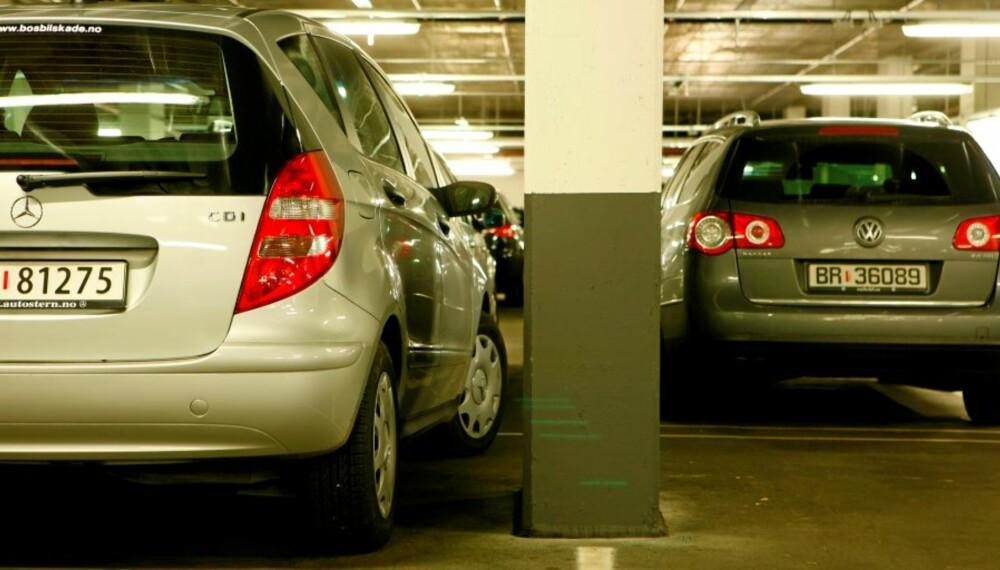 HER FORSVINNER: Ca. 4 milliarder i året. Parkeringsbulker er god bisniss!